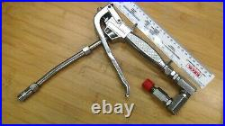 High Pressure Air Operated Control Grease Gun Valve Handle with Universal Joints